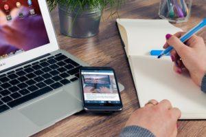 How to create an eye-catching CV!